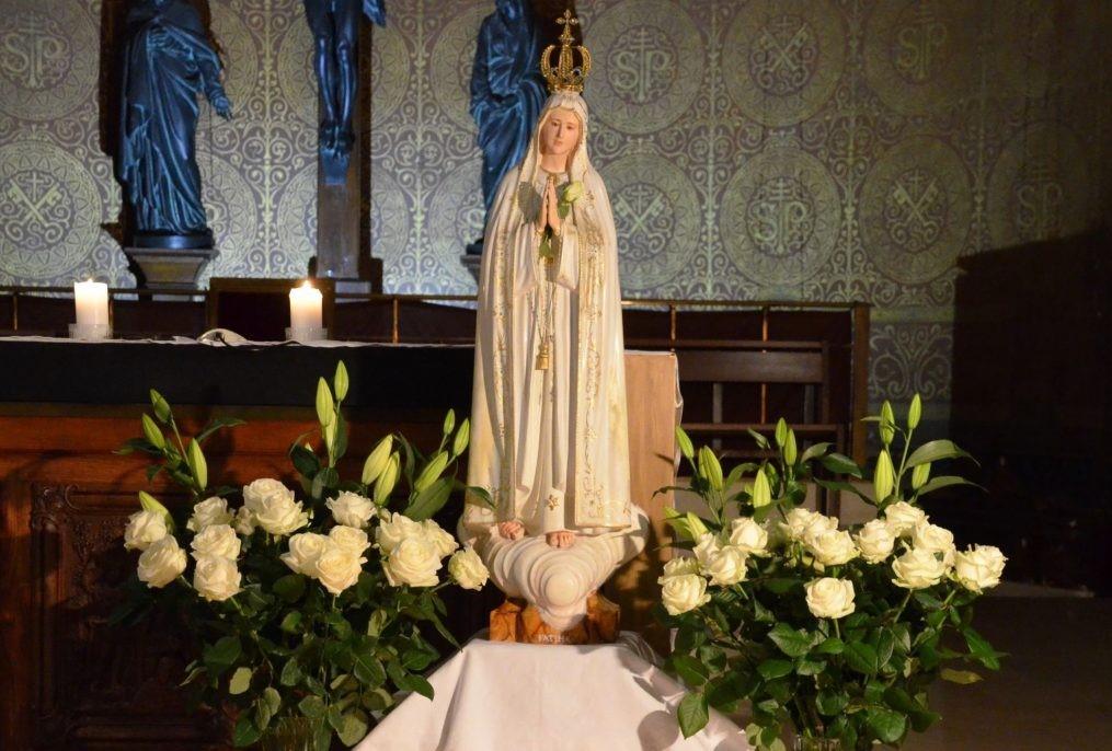 Retrouvez la prière à Marie préparée par les jeunes de CE1