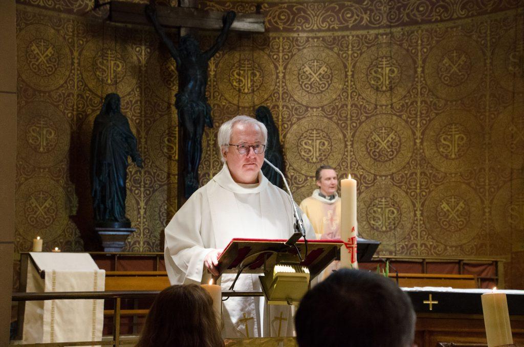Messe du 18 Octobre : Homélie du Père Marc Dumoulin, vicaire.