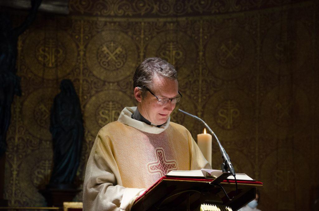 Messe du 25 Octobre.  Homélie du Père Jérôme Thuault, curé.