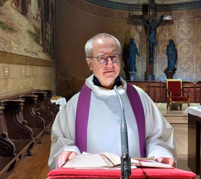 Samedi 13 mars : 4ème dimanche du carême – Homélie du Père Marc Dumoulin, vicaire à l'occasion du 2ème scrutin d'Anaïs, Chloé, Emma, Pascale et Saloni.